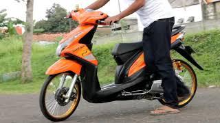 Ragam Motor Unik Modifikasi Motor Beat Karbu Thailook