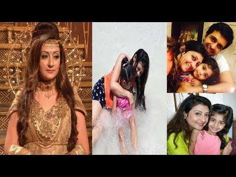 Shaneeswaran Serial Actress Real life Family Photos