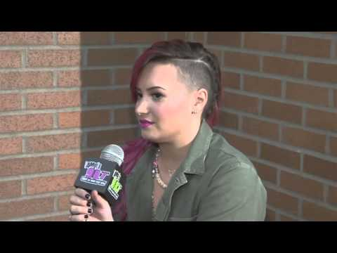 Demi Lovato Backstage At The Palace  987 AMP Radio