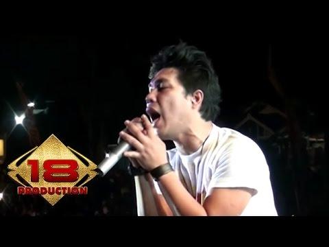 Armada - Hargai Aku   (Live Konser Ciparay Bogor 23 November 2013)