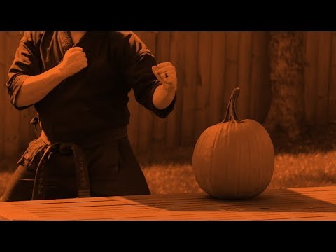 How to Carve a Pumpkin...The RIGHT Way