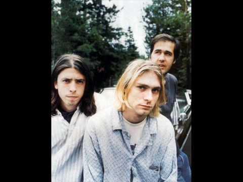 Nirvana-Smells Like Teen Spirit (LYRICS)