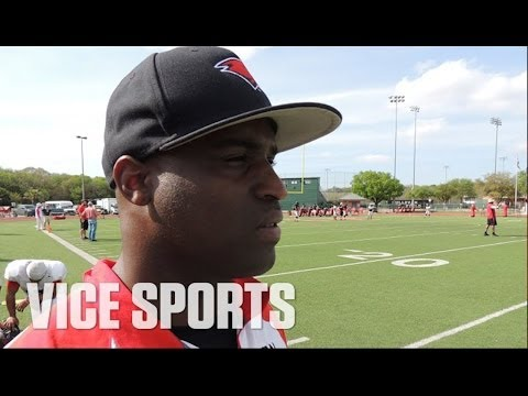 Ricky Williams is Back in Texas Coaching College Football