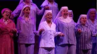 "SISTER ACT: RAVEN-SYMONÉ SINGS ""BLESS OUR SHOW"""