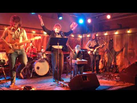 The Shruggs   A real Vacation Heartwood Open Mic Feb 20th 2018
