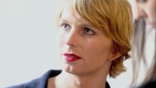 Harvard rescinds Chelsea Manning's fellowship