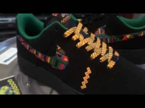new concept 2c586 00137 Nike Air Force 1 Urban Jungle Gym with Yellow Stripe Lace Swap - 7 ...