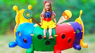Disney Princess Snow White Yulya Pretend play with toys