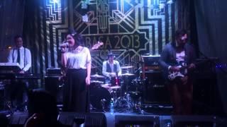 écoutez! - Jatuh Cinta (live performance)