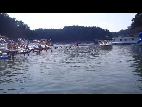 Party Cove On Lake Cumberland Labor Day 2011