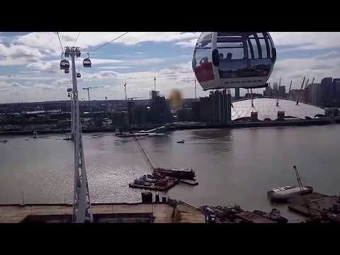 Thing to do in London under 5 Pounds -- Emirates Air Line (cable car)