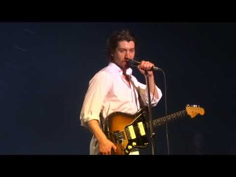 Arctic Monkeys - Arabella - Live @ Zenith Paris 2018