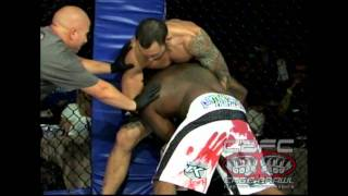 Justin Willis vs Michael Johnson MMA