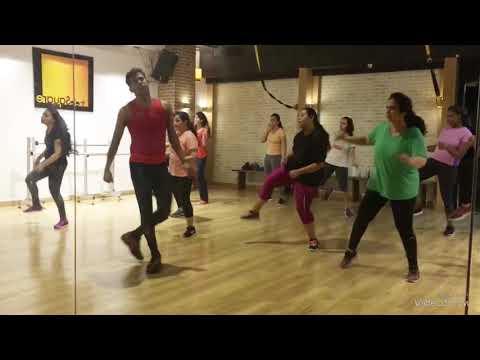 Download Lagu  Swag Saha Nahi Jaye    Song   Happy Phirr Bhag Jayegi   Sonakshi Sinha Mp3 Free