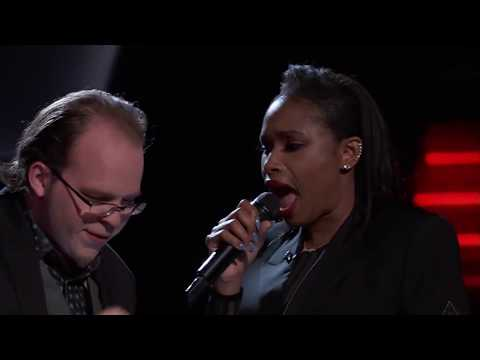 Jennifer Hudson & Lucas Holiday sing