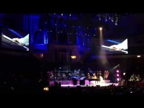 Yanni - Standing in Motion + Nostalgia (Live @ Royal Albert Hall)