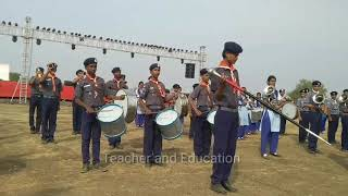 Scout and band