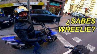 Mam rower w Barcelonie, ale nie wiem jak jest wheelie po hiszpańsku
