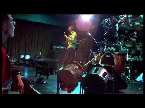 Terry Bozzio 2008-11-27 Tokyo w/ Pat Mastelotto, Tony Levin & Allan Holdsworth - Set 1
