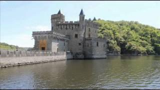 Villerest et le Chateau de La Roche...