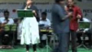 Unathu Vizhiyil Enathu Paarvai