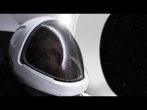 Elon Musk unveils SpaceX's new spacesuit - YouTube
