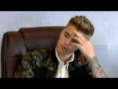 Justin Bieber Gets Angry When Asked About Selena Gomez - Video (Must Watch)