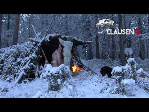 Alone, but not lonely! Christmas in the wilderness, hunting deer by Kristoffer Clausen
