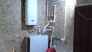 Монтаж отопления и водопровода (часть 1)(Первый в жизни опыт по монтажу отопления и водопровода https://vk.com/kwadratniy_metr., 2015-05-15T15:24:06.000Z)
