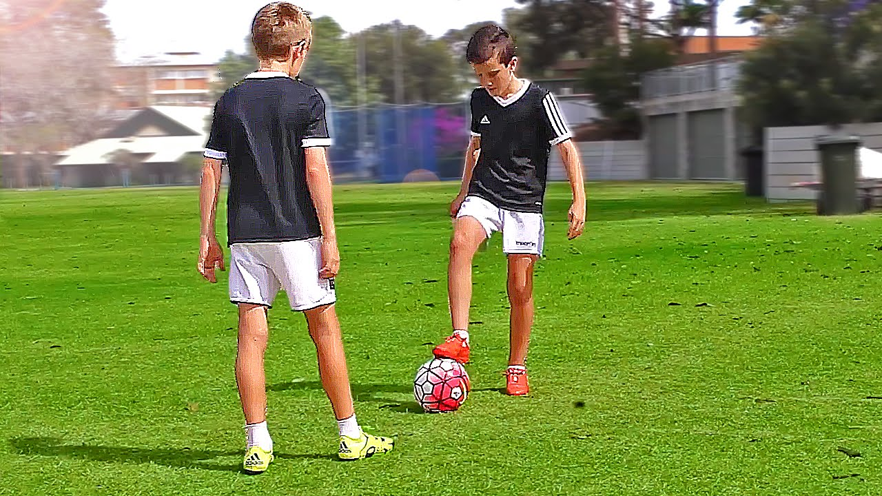 Ребенок 9 лет английский футбол