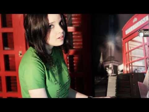 Música Tema - American Horror Story - Tainted Love