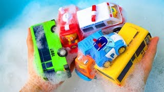 Car Wash   Tayo the Little Bus Stuck in the Mud - Car Toys