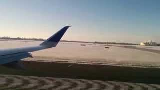 United Airlines Embraer 170 Take Off from Toronto Pearson International Airport