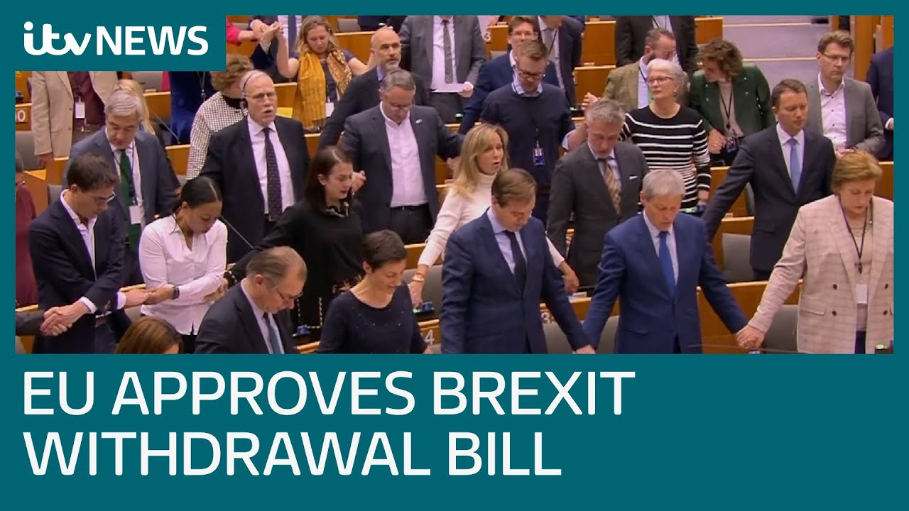 MEPs sing Auld Lang Syne after EU Parliament approves Brexit Withdrawal Bill | ITV News