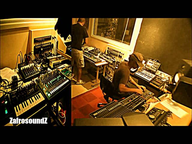 ZafrosoundZ (BGR & Nafro) - Fri Night Jamming Session - Korg - Roland - Techno - House