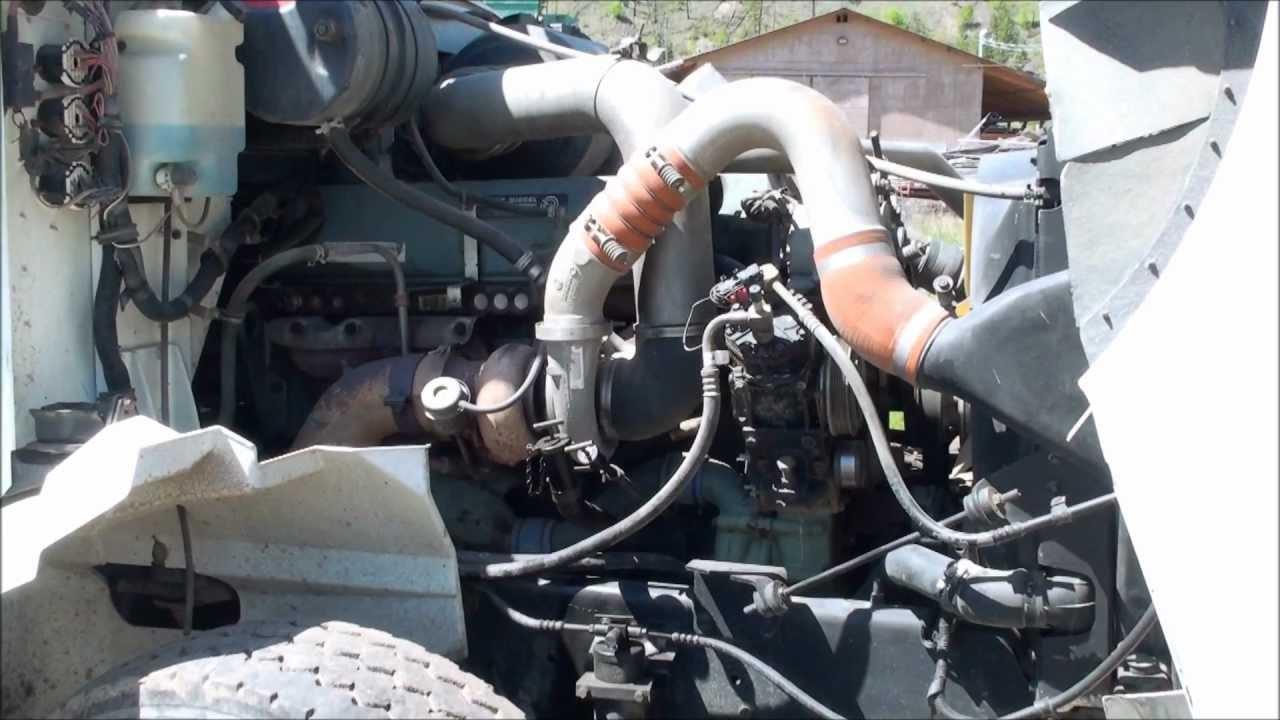 Working on a Detroit Diesel Engine [Bad Fuel Pump]  YouTube