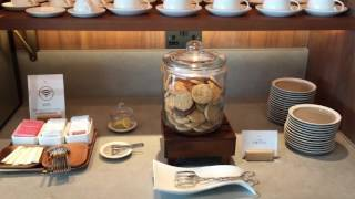 tour the cathay pacific first class lounge london heathrow terminal 3