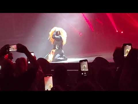 Janet Jackson ( I Get Lonely )