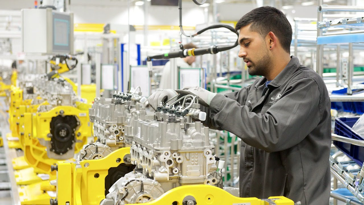 Jaguar Land Rover Engine Manufacturing Center - YouTube