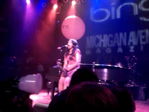 Jennifer Hudson Sings at Michigan Avenue Magazine Anniversary at Chicago House of Blues