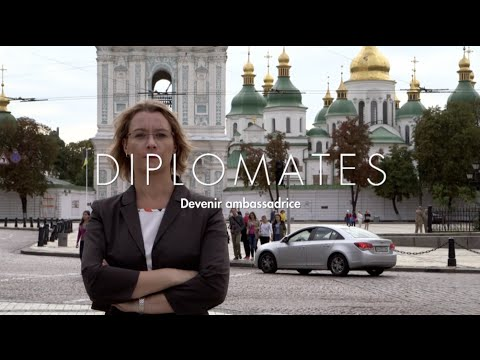 diplomates devenir ambassadrice de paris kiev avec isabelle dumont youtube. Black Bedroom Furniture Sets. Home Design Ideas