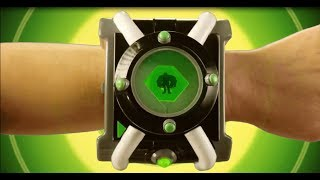 Smyths Toys - Бен 10 Deluxe Omnitrix