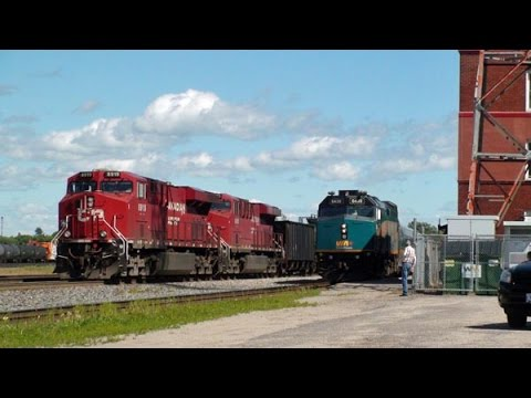 An afternoon of CP & VIA trains at Smiths Falls ON 23 June 2015
