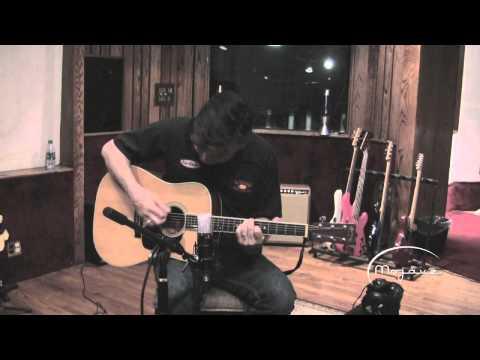 Mojave Audio MA300 (HP filter) on acoustic guitar - Pettibone / Bianco NEW