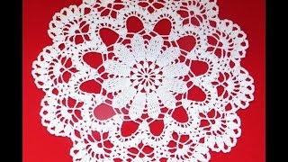 Ажурная салфетка крючком. Часть 1_Delicate doily crochet. Part 1(В этом видео вы научитесь вязать красивую ажурную салфетку крючком. Данный видеоурок подойдёт начинающим..., 2015-12-06T14:50:05.000Z)