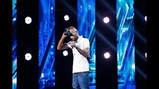 Benny Cash ( Cheres Beniamin) a interpretat o compozitie proprie de rap, la X Factor