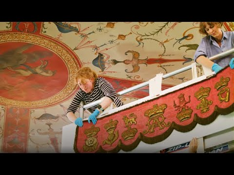 Queen Anne Throne Canopy installation at Kensington Palace