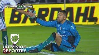 Atajadón de Jonathan Orozco a disparo de Eduardo Vargas