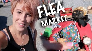 """Shopping Flea Market """"Junk"""" to Make Money   We Found a CREEPY Doll   Reselling"""