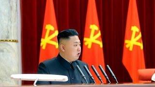 Kuzey Kore'nin ateşle dansı Video